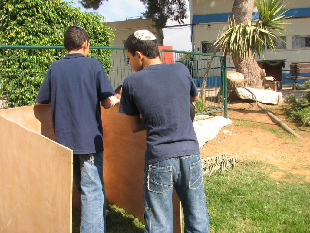 סדנת בניית סוגי סוכות