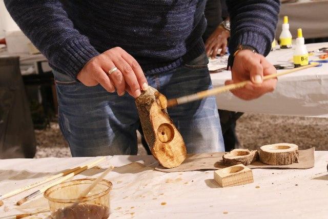 יצירת פמוטים מעץ באירוע