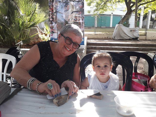 יצירת פמוט לשבת וחג עם סבתא